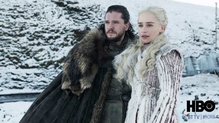 Kit Harrington as Jon Snow and Emilia Clarke as Daenerys Targaryen in Game of Thrones