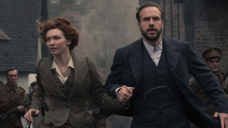 Eleanor Tomlinson and Rafe Spall in War of the Worlds