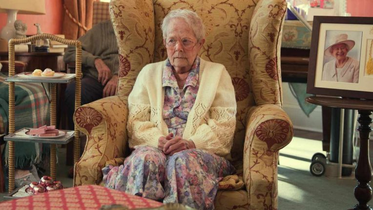Annette Crosbie guest stars in After Life
