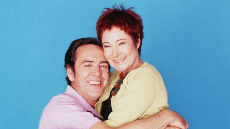 Robert Lindsay and Zoe Wanamaker promoting My Family in 2000