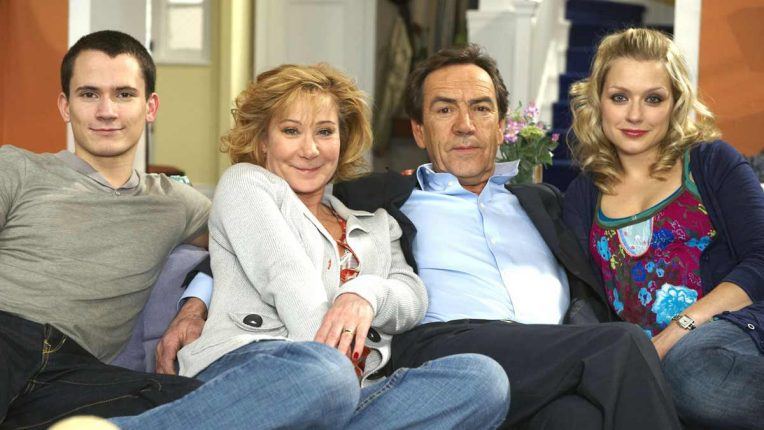 Robert Lindsay and the cast of My Family for series 11