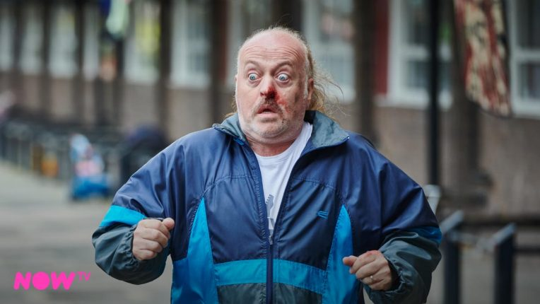 Bill Bailey as Bagpipes in Sky One's In The Long Run