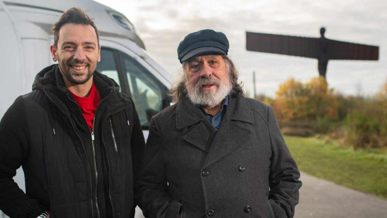 Ralf Little and Ricky Tomlinson next to the Angel of the North
