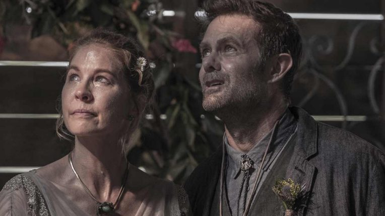 Fear the Walking Dead - Garret Dillahunt and Jenna Elfman