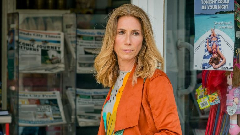 Gaynor Faye in The Syndicate
