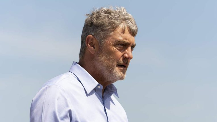 Vincent Regan plays Tony in Flesh and Blood