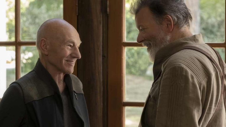 Patrick Stewart and Jonathan Frakes reunited as Picard and Number One in Picard