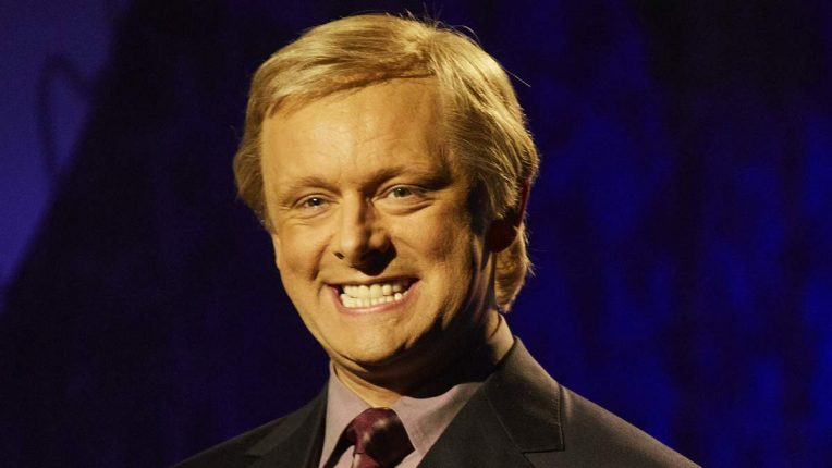 Michael Sheen as Chris Tarrant in Quiz