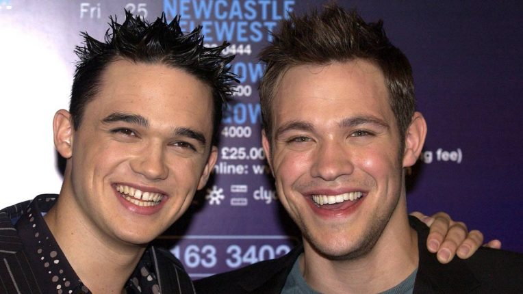 Gareth Gates and Will Young in 2002
