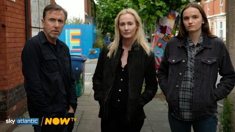 Tim Roth, Genevieve O'Reilly and Abigail Lawrie  pose for Tin Star: Liverpool