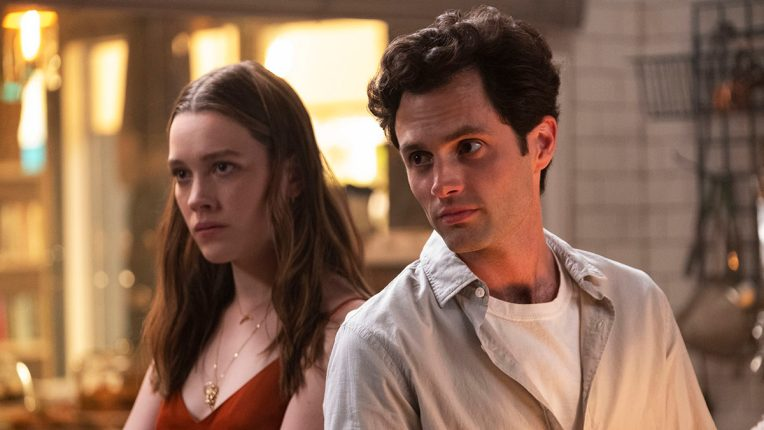 Penn Badgley and Victoria Pedretti in You