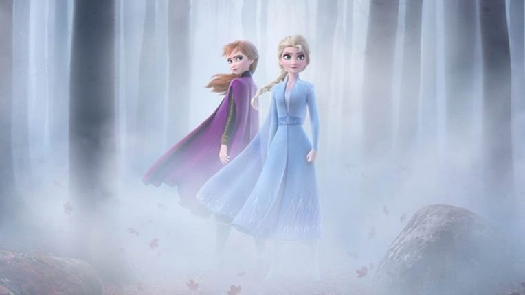 Frozen Ana and Elsa